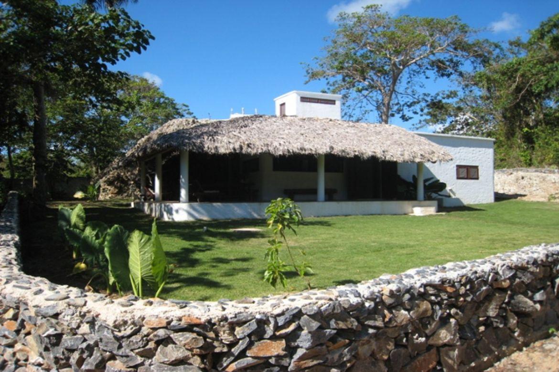 La Cueva Las Galeras Villa Rentals