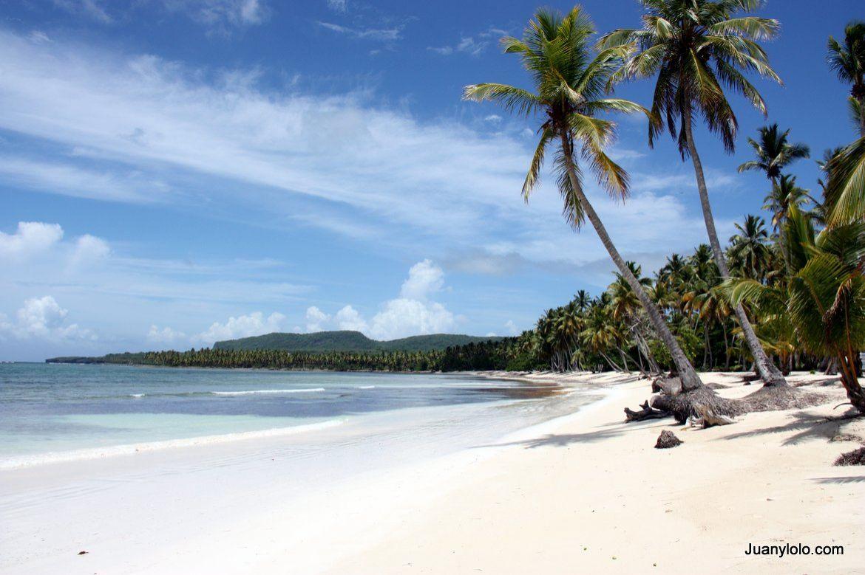 Playa Grande Las Galeras Beach